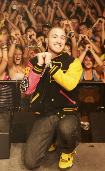 Mike Posner Brains Up