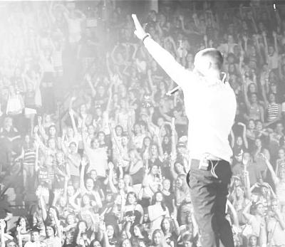 PHOTOS: Mike Posner – Believe Tour at Pepsi Center in Denver – June 30