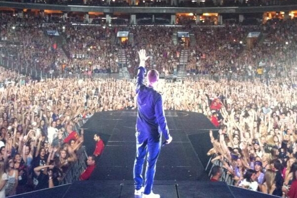 Mike Posner at Wells Fargo Center in Philadelphia – Believe Tour