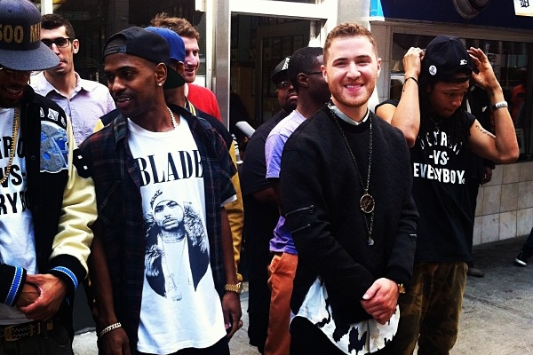 """Mike Posner and Big Sean filming """"Top Of The World"""" music video in Detroit"""