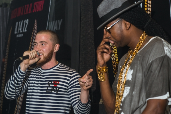 "Mike Posner – ""Living My Life"" (feat. 2 Chainz)"