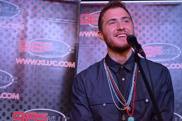 """John Moug Interviews Mike Posner, Performs New Song """"My Sun"""""""