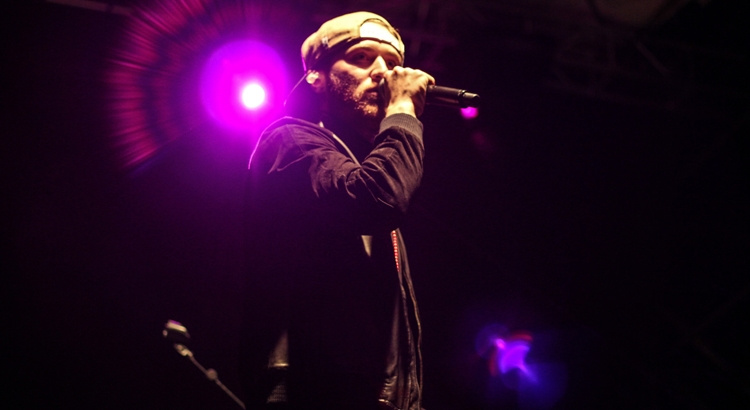 Mike Posner Performs for Thousands at DAM JAM Concert