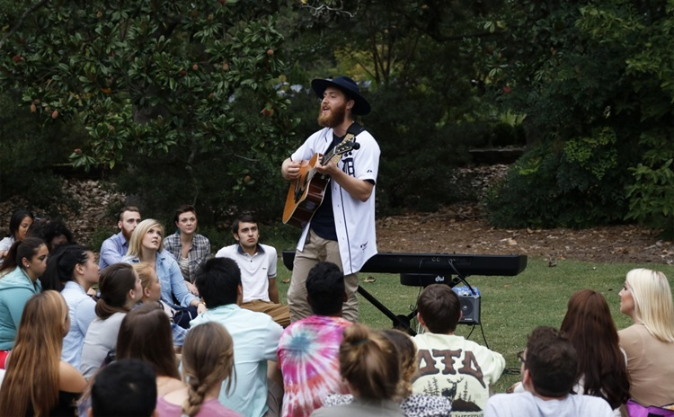 Mike Posner in Durham – Ninja Tour