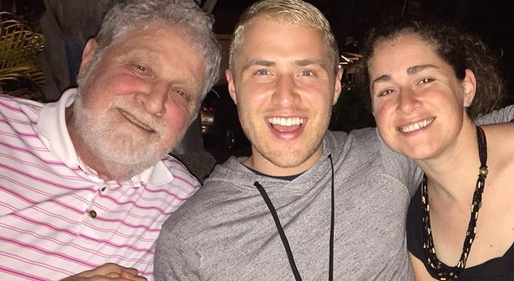 Sign the Online Card for Mike Posner's Dad