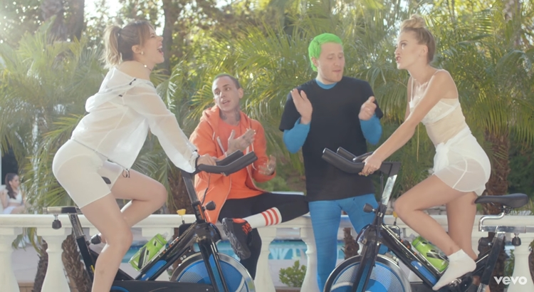 "Mansionz - ""Rich White Girls"" (Official Music Video)"